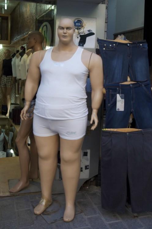 obese mannequin reddit